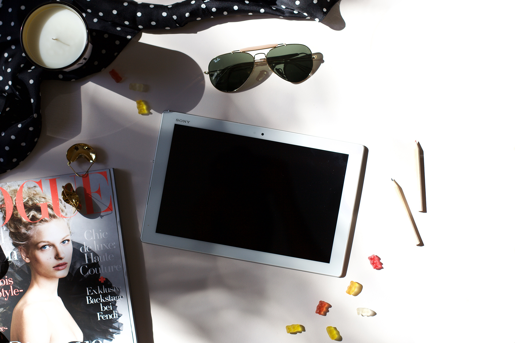 Spruced-Giveaway-VoguesFashionNightOut-SonyTablet
